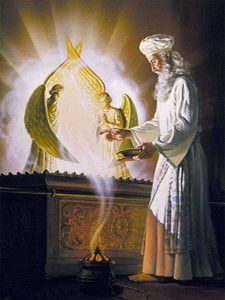 ark_of_covenant_high_priest_212